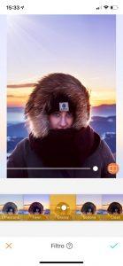 Tutorial de edição de uma foto de uma mulher usando um casaco de frio possivelmente em algum lugar com neve usando a ferramenta Filtro do AirBrush
