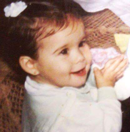 foto antiga de uma bebê