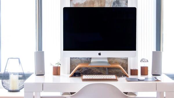 foto de lugar de trabajo minimalista