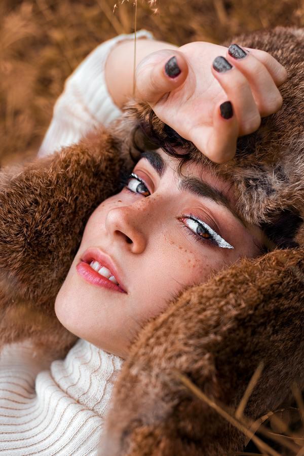 Crie sua maquiagem inspirada na série Euphoria