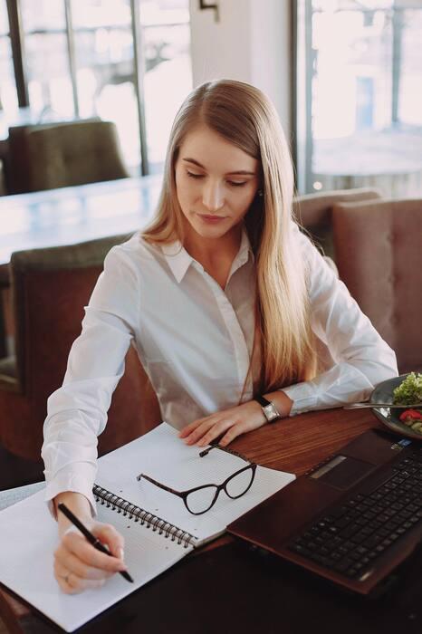 5 conseils pour être une Girl Boss06