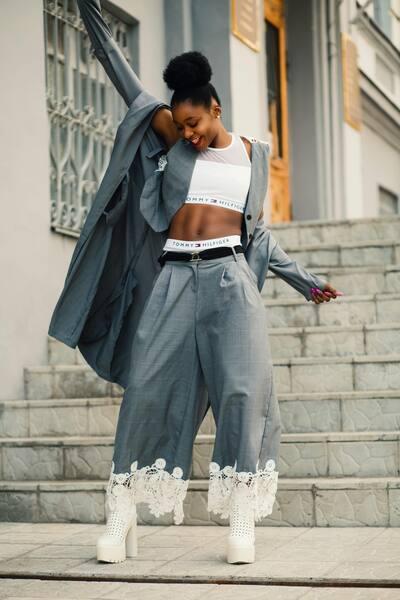 Un look de Fashion Week avec AirBrush11